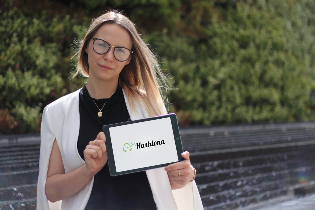 Na zdjęciu założycielka startupu Pani Eva Galant.